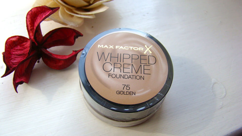 Maxfcator Whipped Creme Foundation
