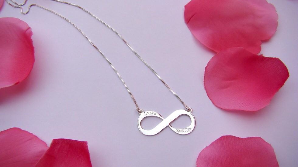 oNecklace Infinity Jewellery