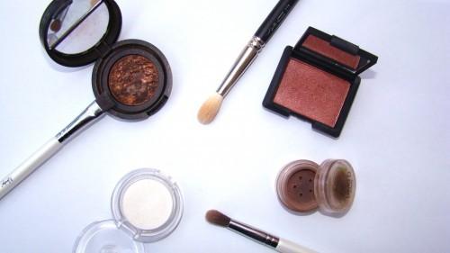 The Basics About Eyeshadow