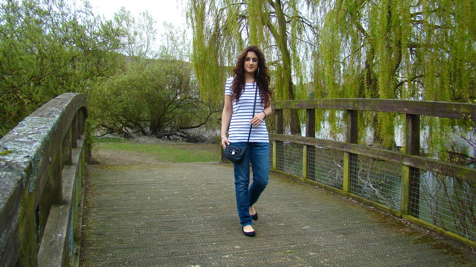 Outfit - Stripe T-Shirt