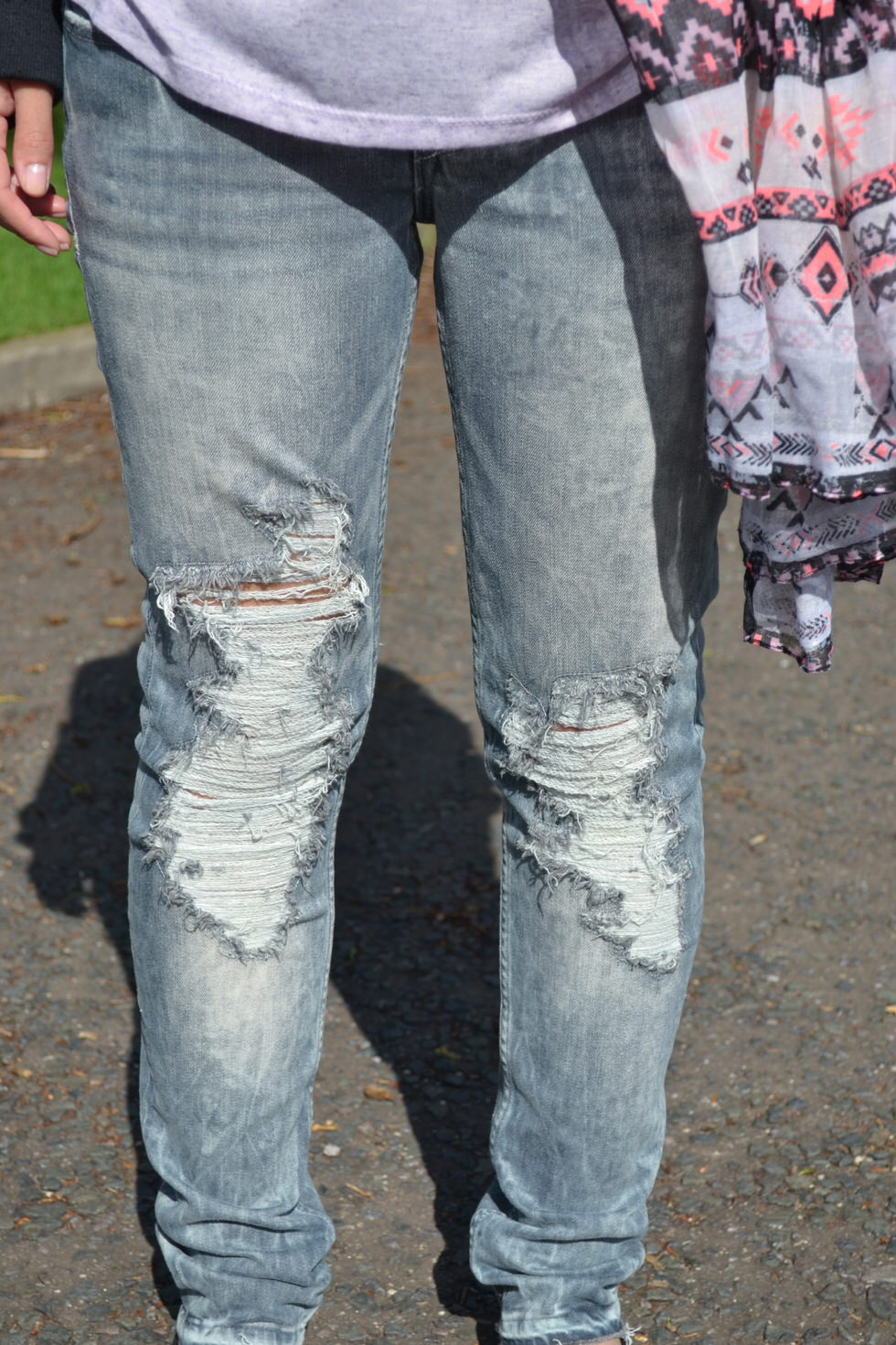 Outfit - Ripped Jeans