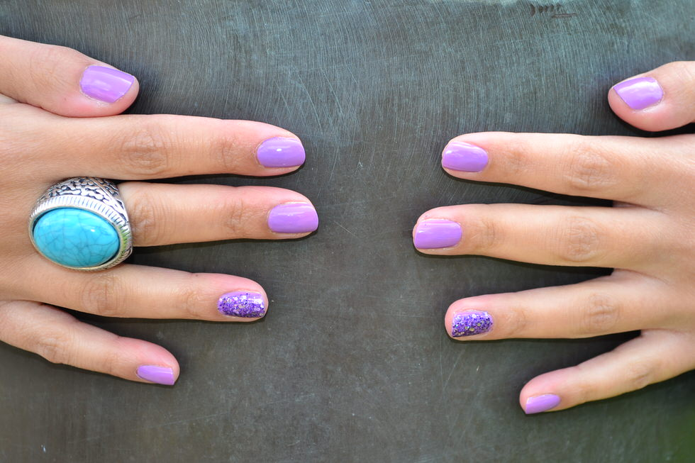 Nails - The Ring Finger trend
