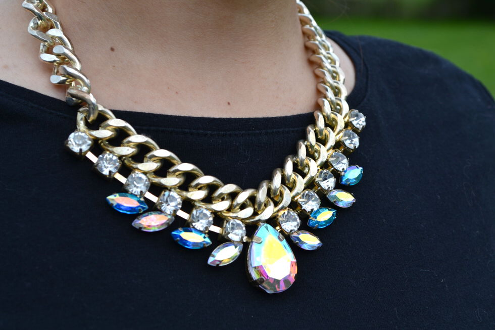 Fashion Outfits Statement Necklace