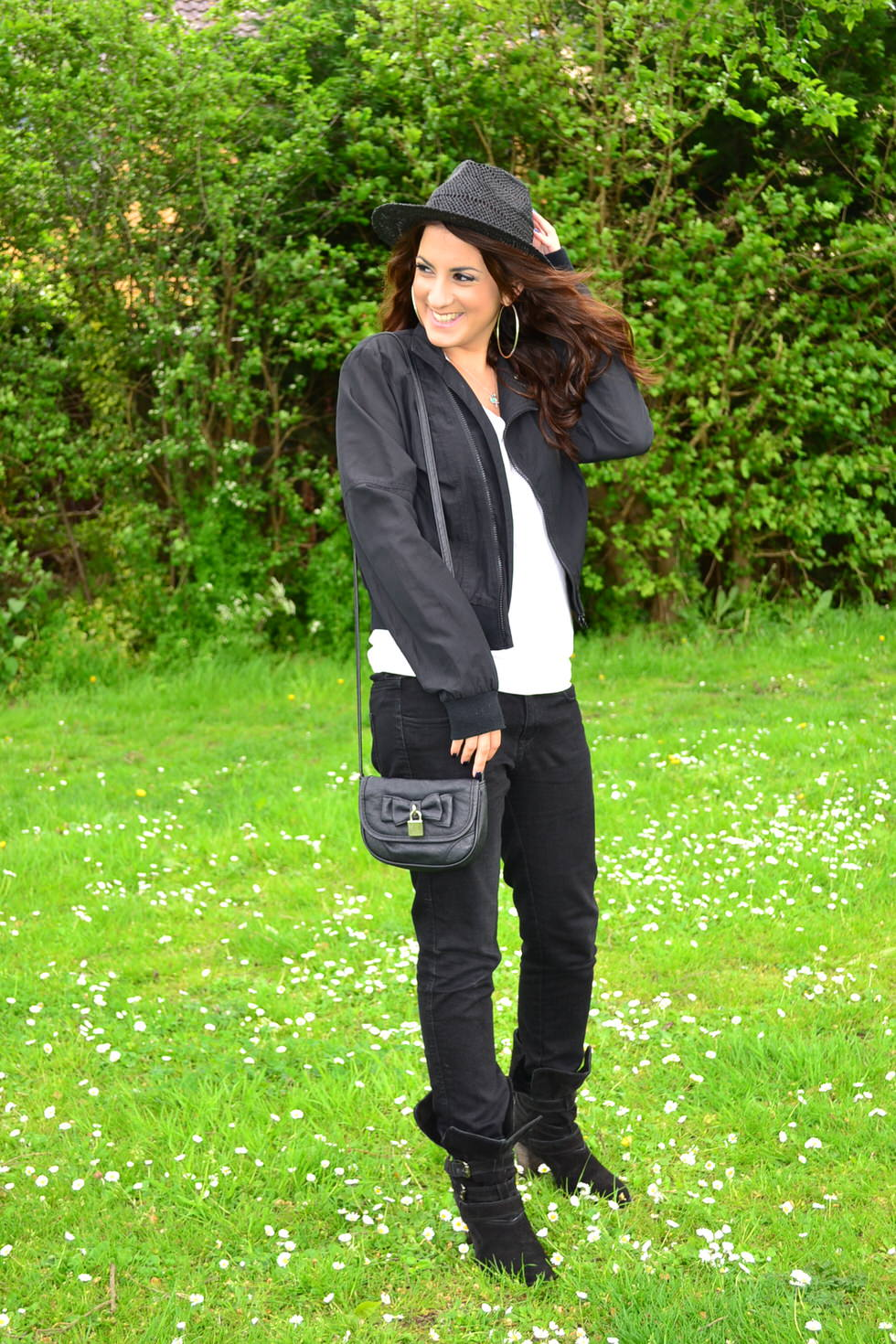 Fashion Blog - Black and White Outfit