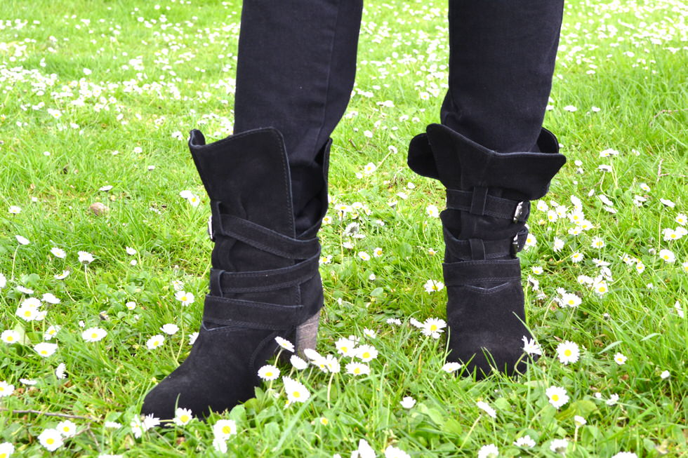fashion Blogger Dorothy Perkins Boots