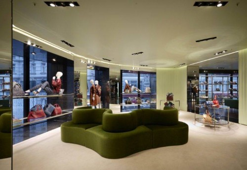 Fashion News – PRADA opens new store in Vienna!