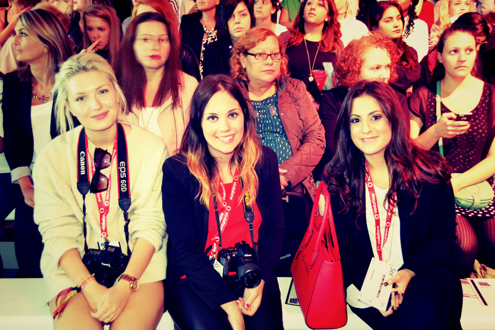 Front Row Fashion Bloggers London Fashion Week