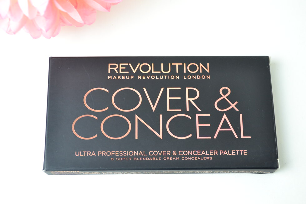 Makeup Revolution - Cover and Conceal Palette Review - Light Medium