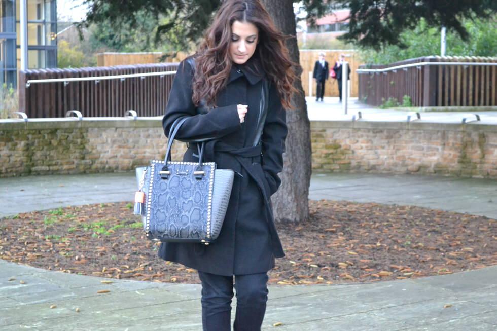 Pauls Boutique Mila Handbag - Black and Grey