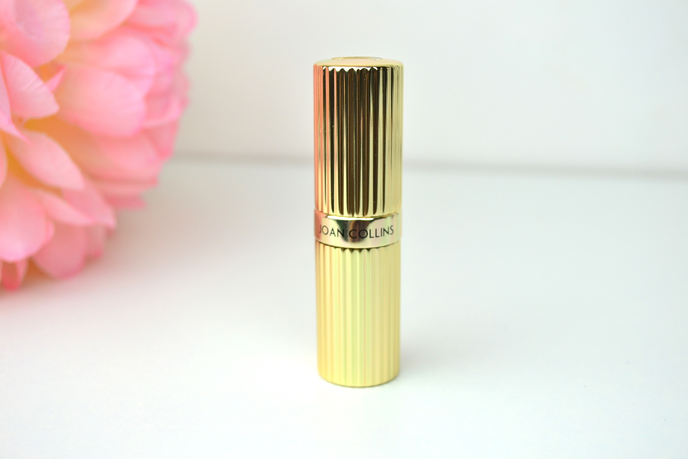 Joan Collins Timeless Beauty - Divine Lips Review