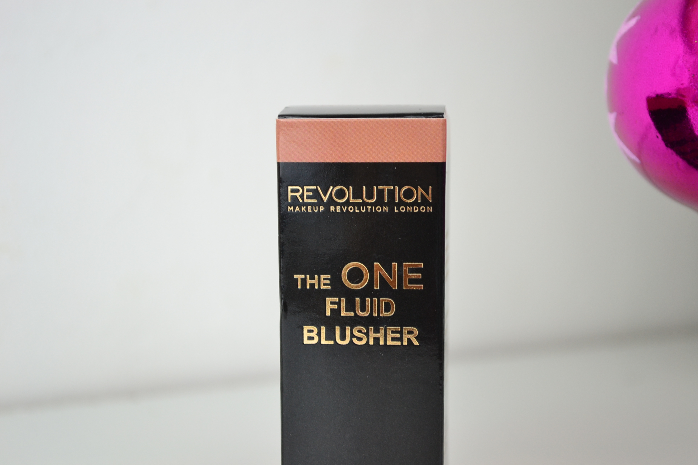 Makeup Revolution The One Fluid Blusher Malibu Ocean