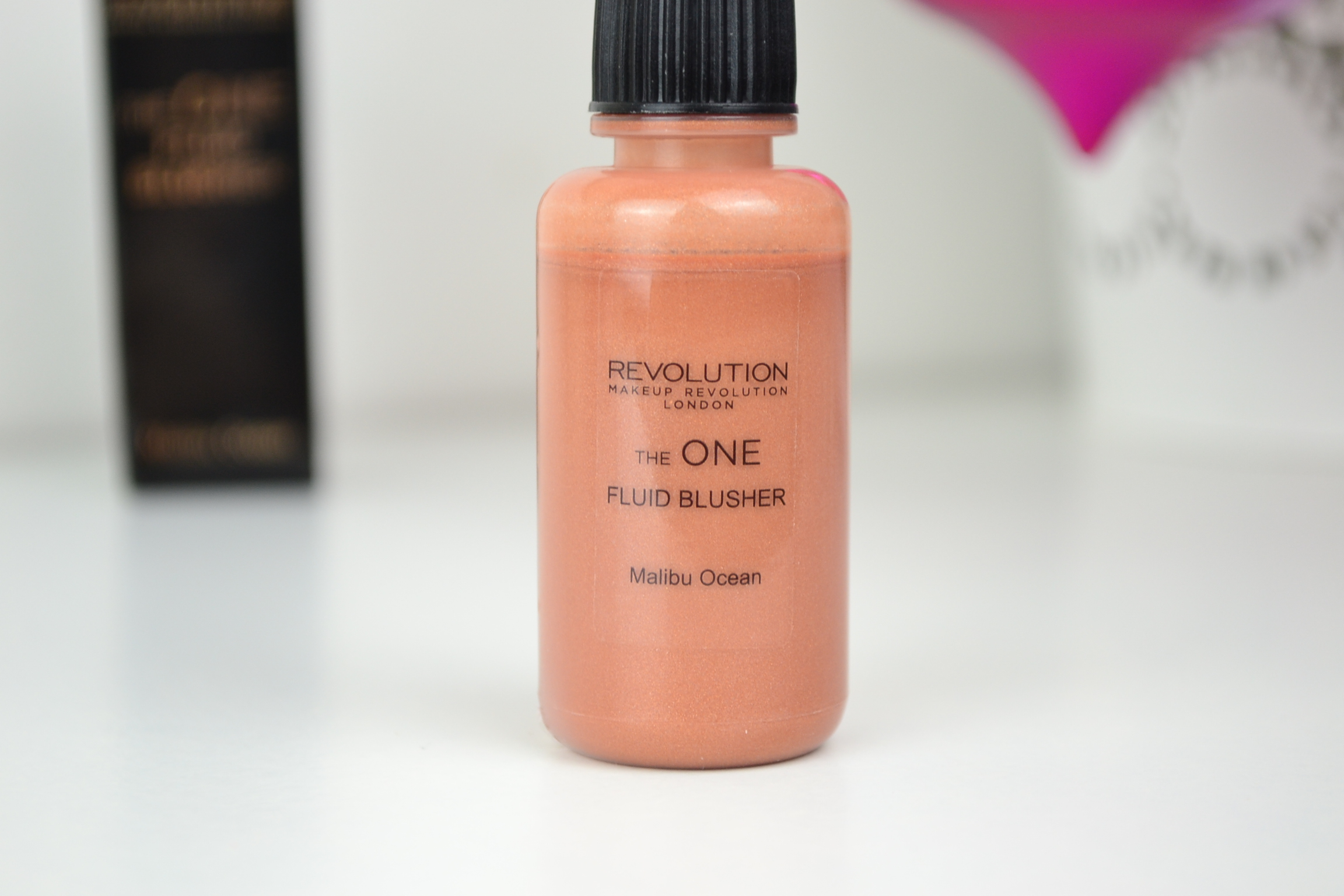 Makeup Revolution The One Fluid Blusher