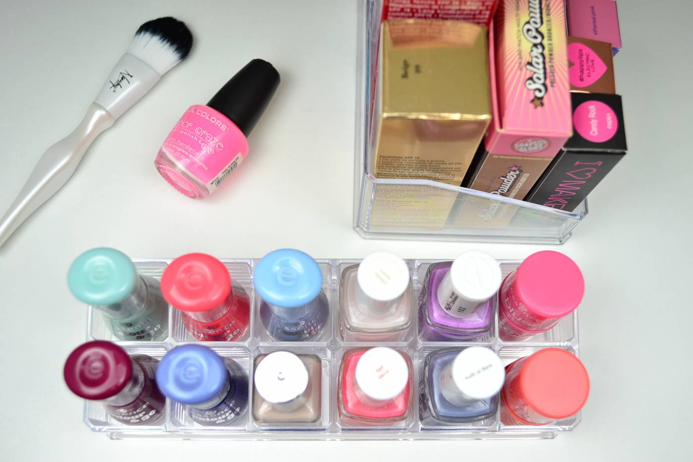 acrylic-makeup-storage