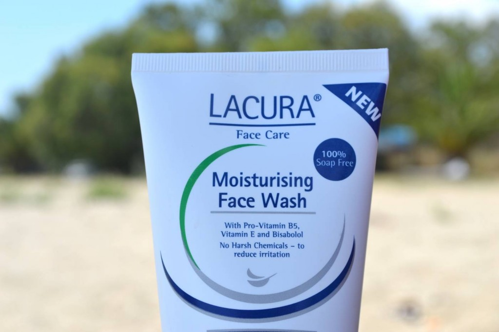 lacura-moisturising-face-wash-review
