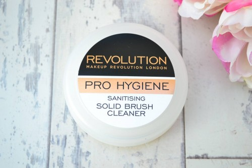 Makeup Revolution Solid Brush Cleaner