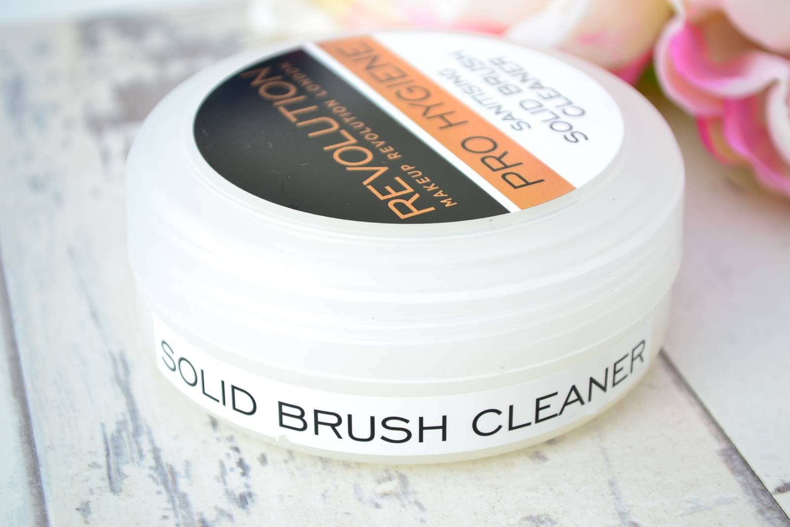 solid-brush-cleaner
