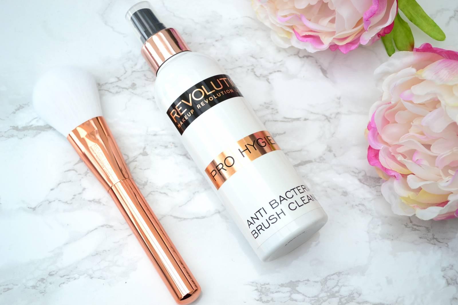makeup-revolution-anti-bacterial-brush-cleaner