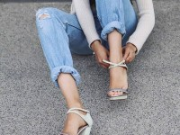how-to-wear-jeans-in-summer