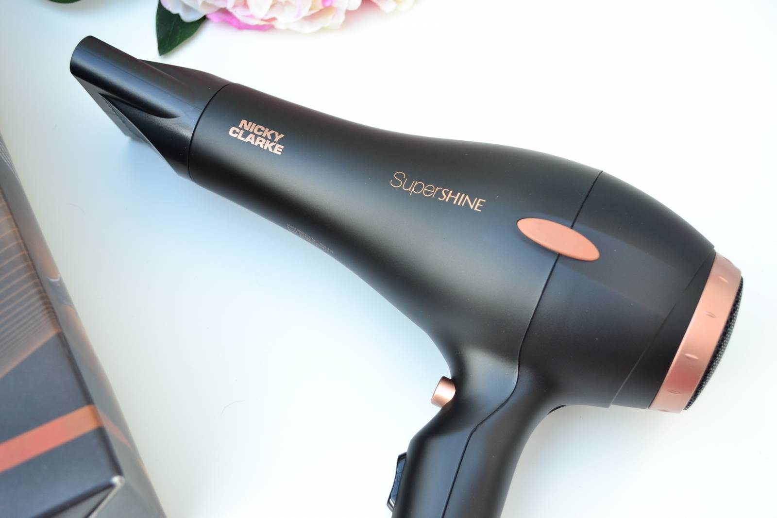 nicky-clarke-supershine-hairdryer