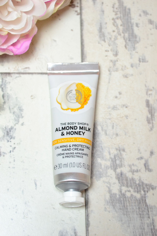 thebody-shop-almond-milk-honey-hand-cream