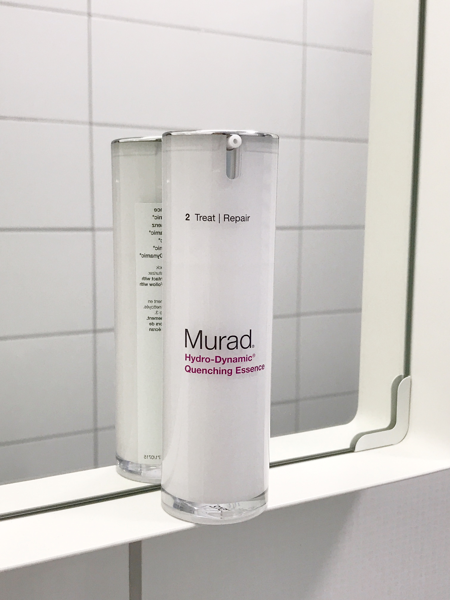 murad-age-reform-hydra-quenching-essence