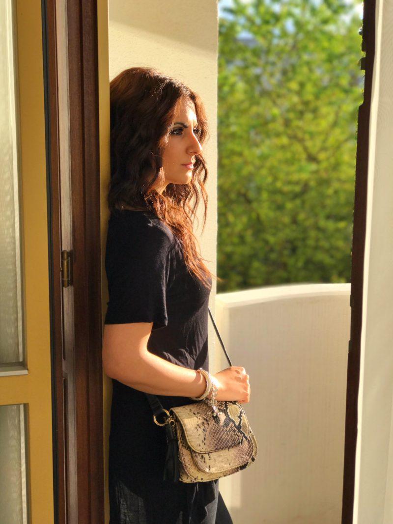 Faux Snakeskin Crossbody Bag – Jane Norman