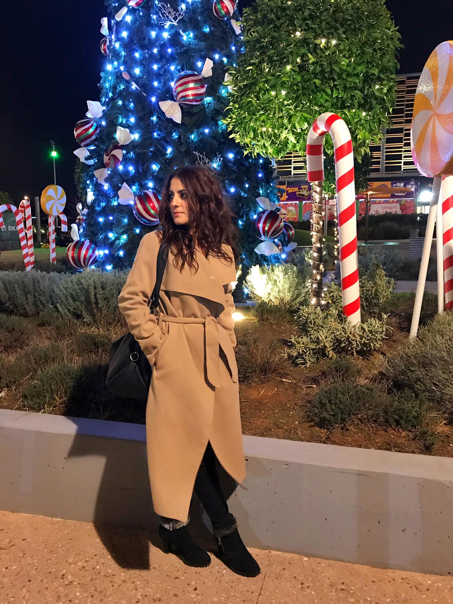 camel-coat-fashion-blogger