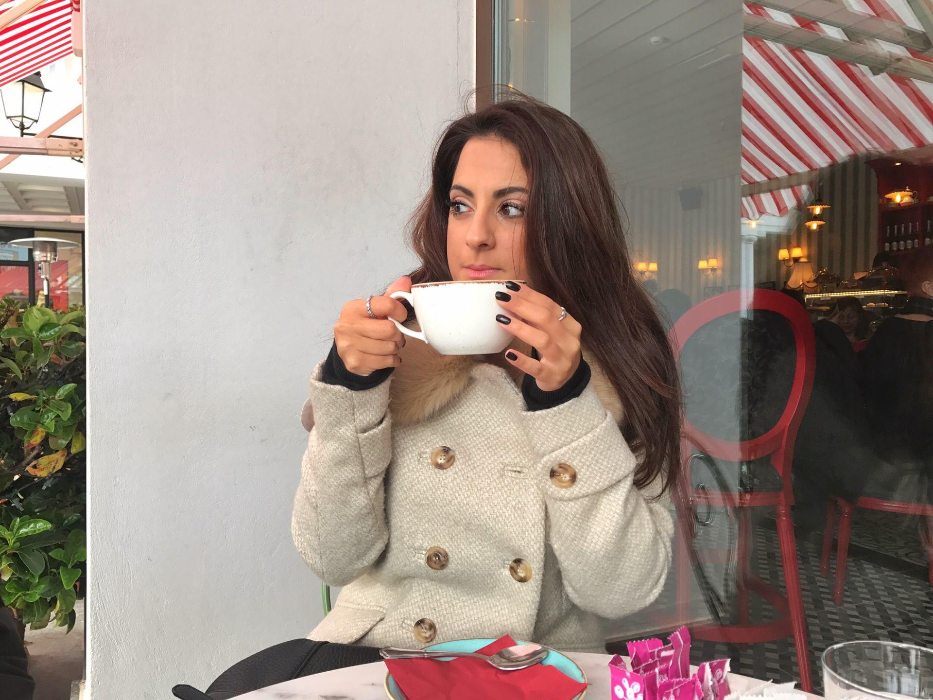 petite-fleur-cafe-greece-mcarthur-glen