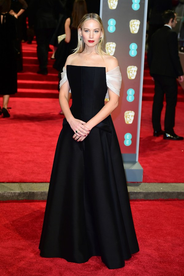 jennifer-lawrence-2018-baftas