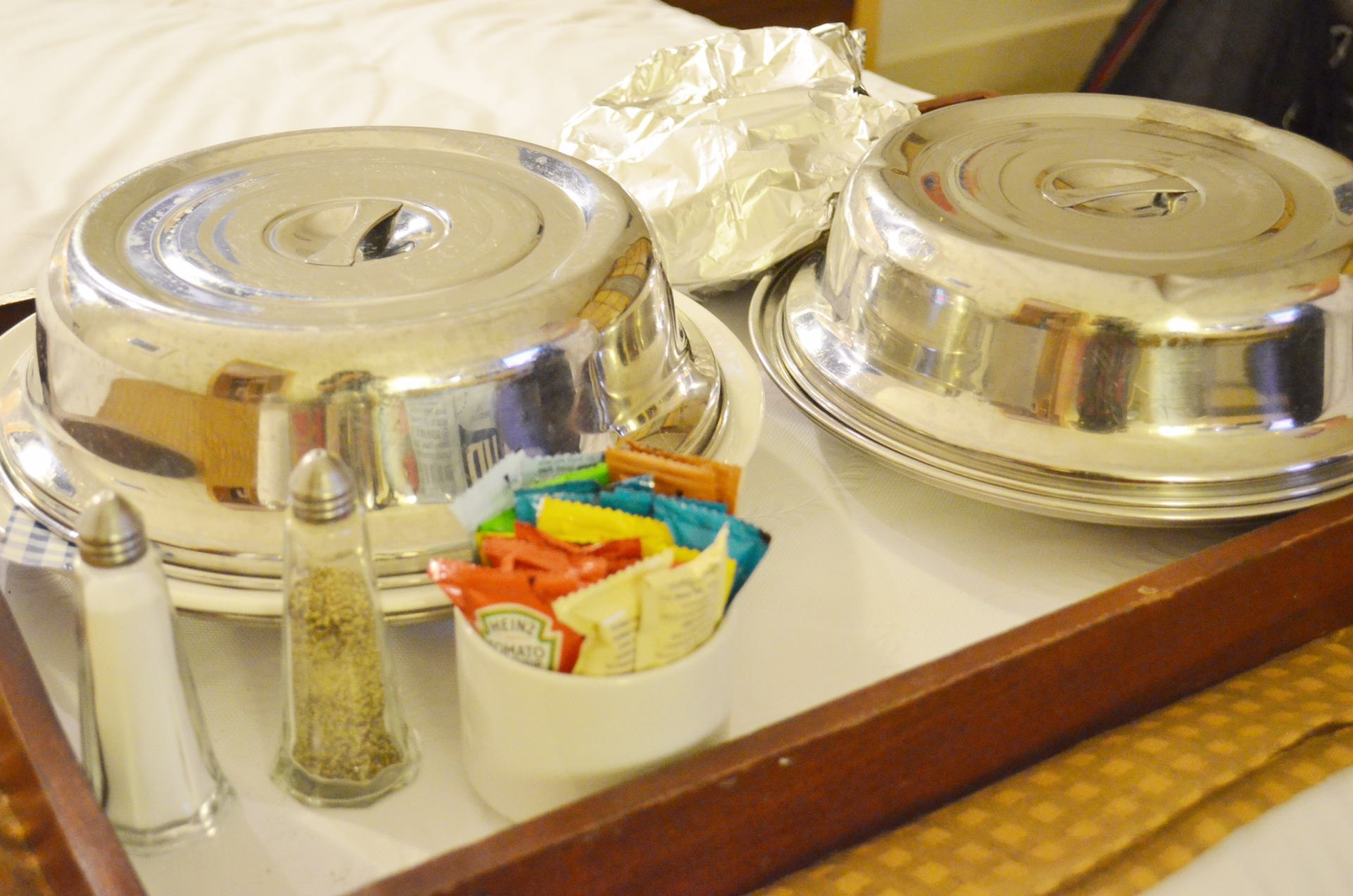 holiday-inn-room-service-review