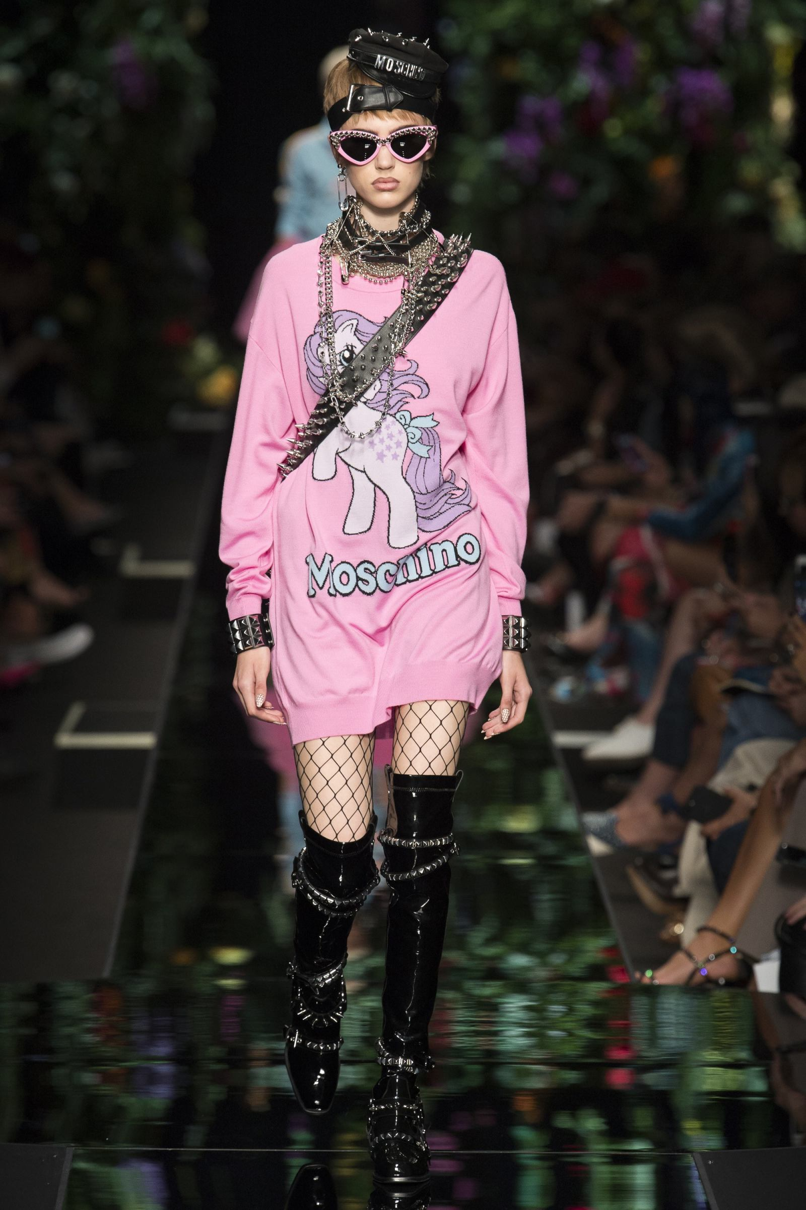 Moschino-pastel-trend-sweater