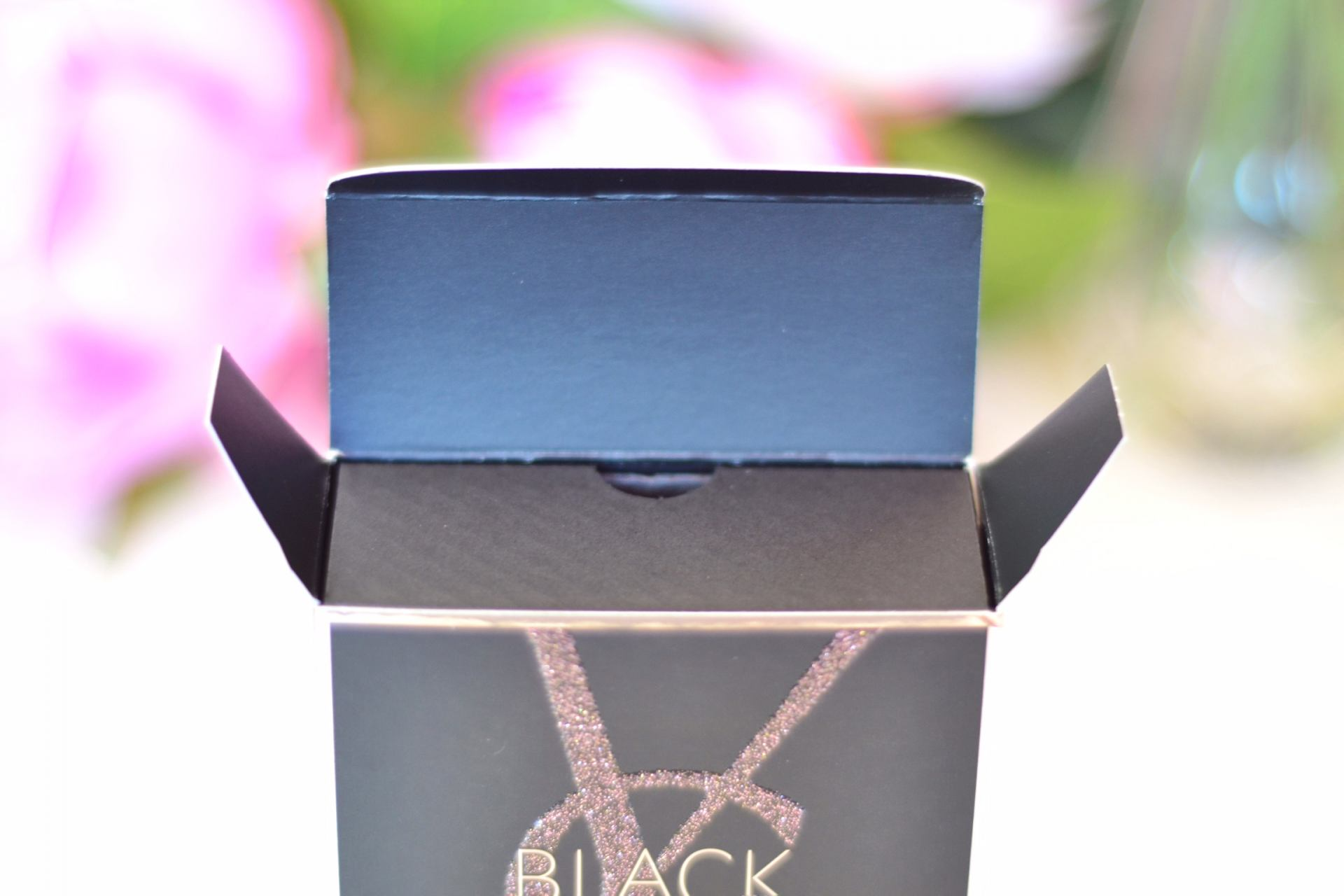 black-opium-perfume-packaging