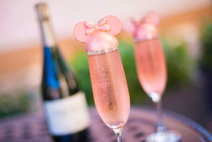 Minnie Mouse Champagne Cocktail – The Drink Disney Fans Are Going Crazy For!