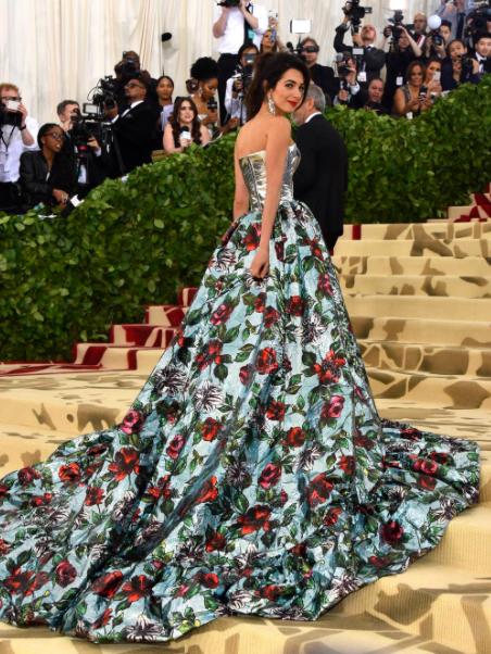 amal-clooney-met-gala-2018-dress