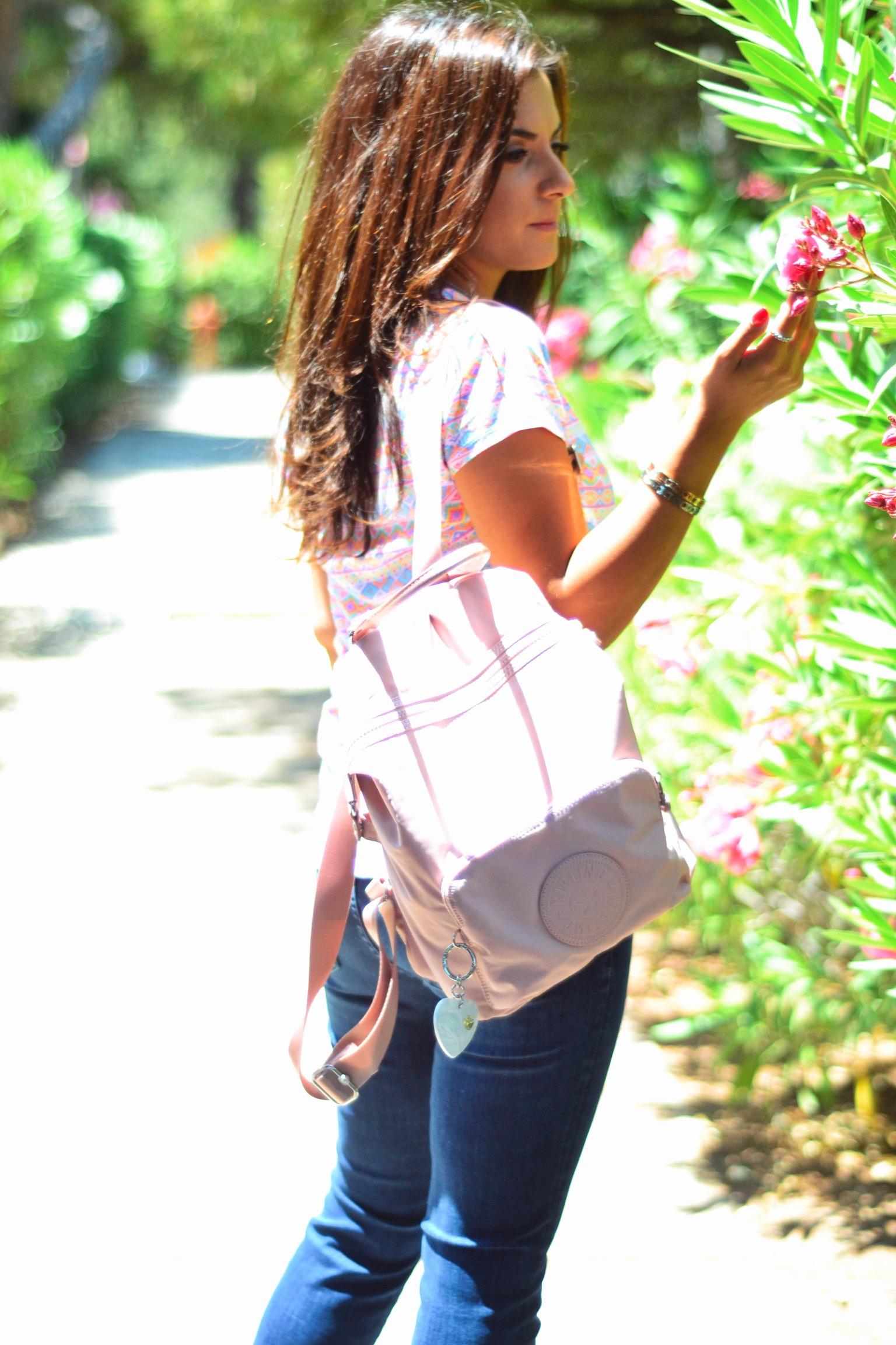 kipling-backpack-pink