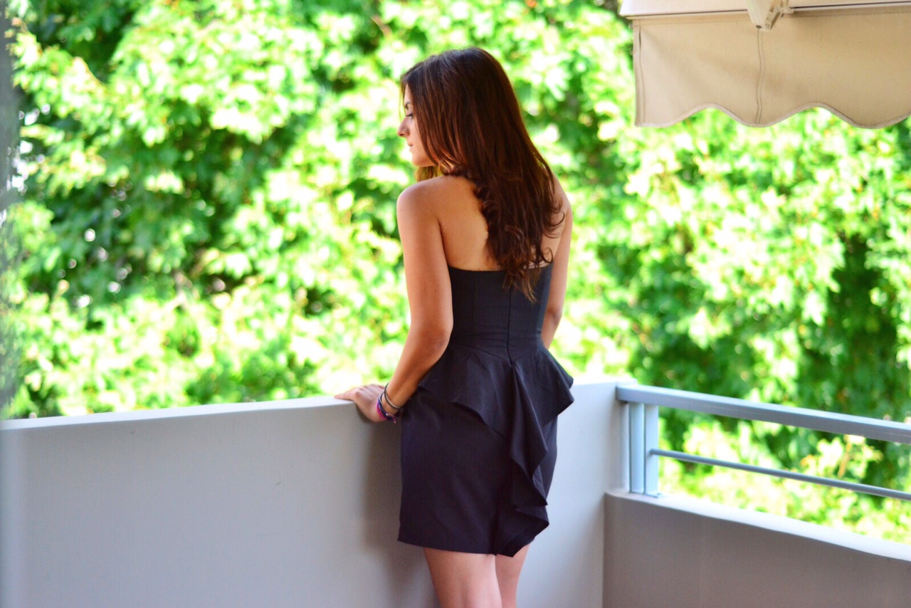 layla-little-black-dress-outfit