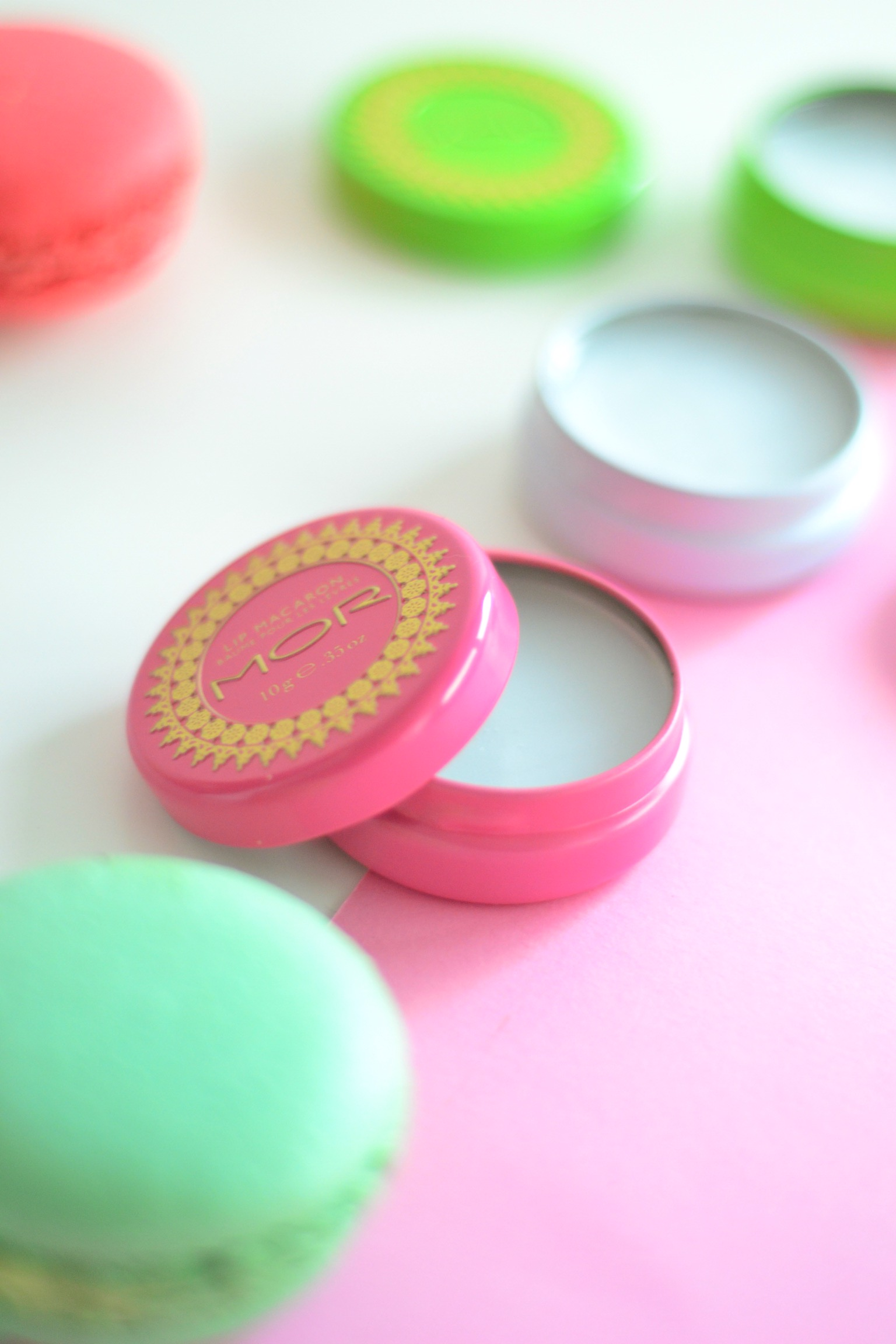 lip-macarons-mor-beauty