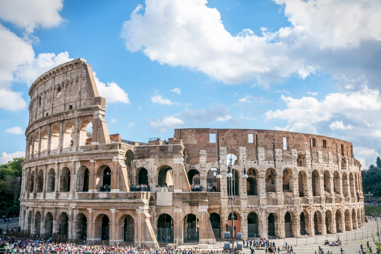 ColosseumRome_1