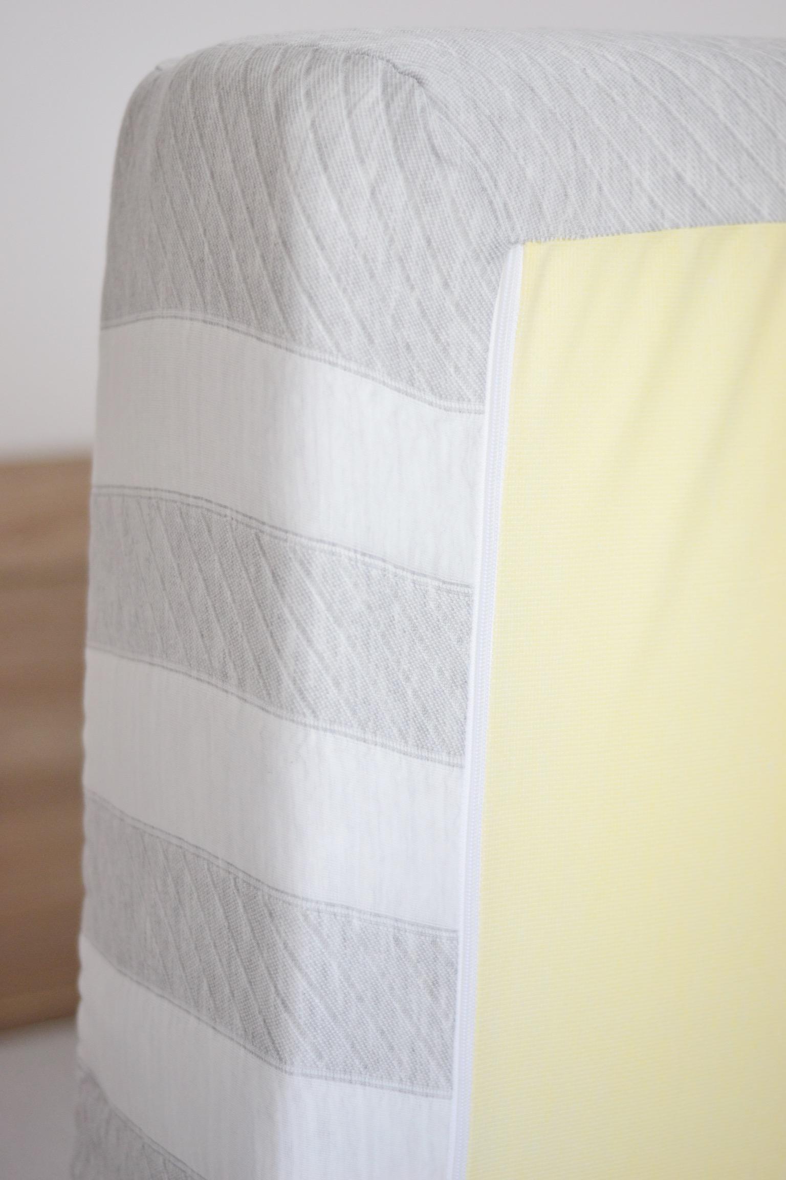 leesa-mattress-zip-detail