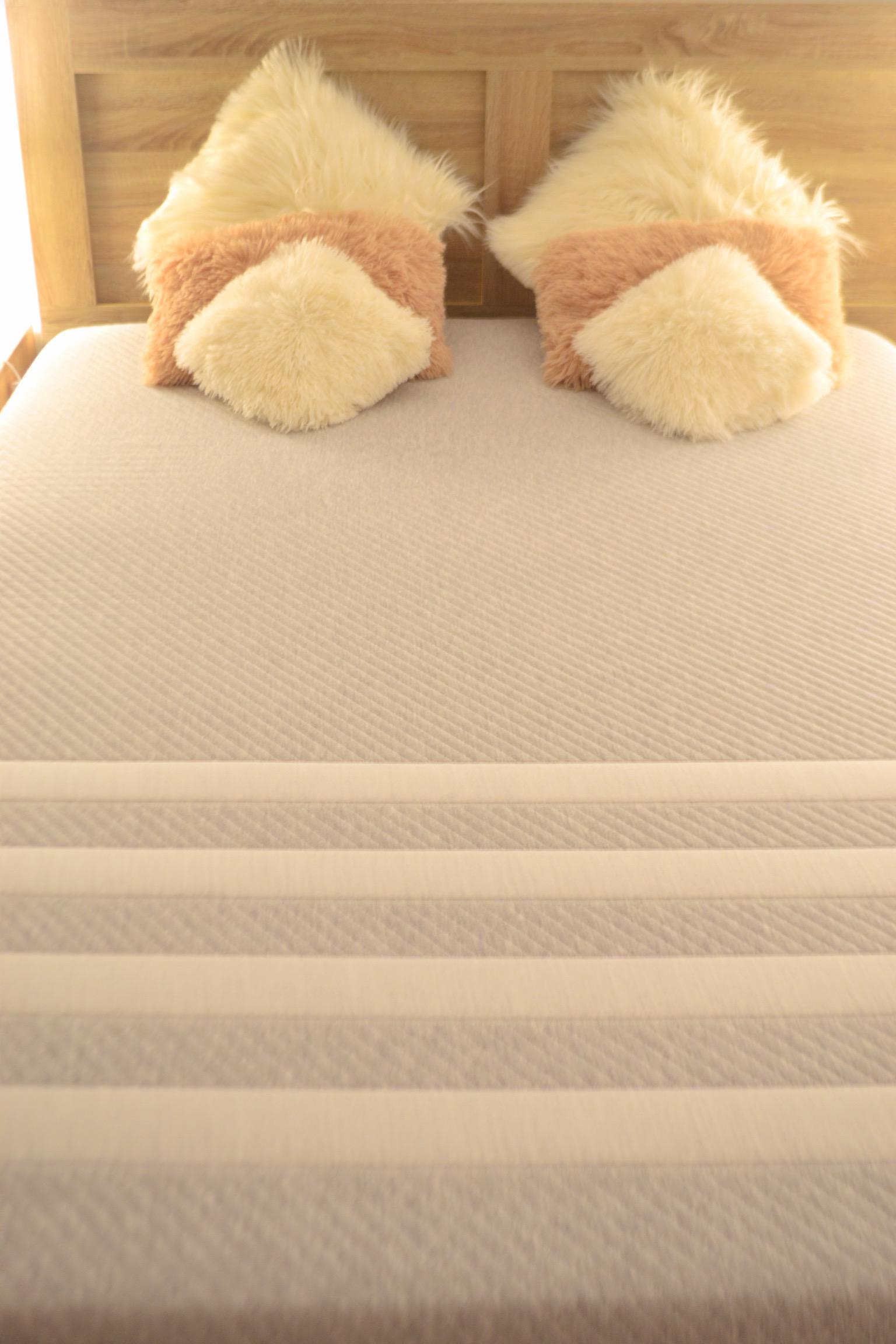 leesa-mattress-full-length