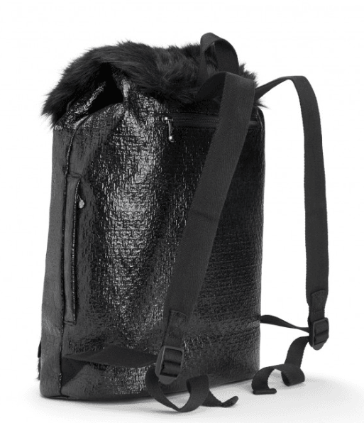 kipling-drawtstring-backpack