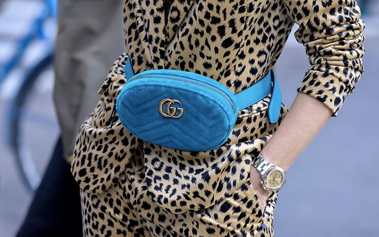 blue-gucci-waistbag