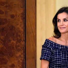 queen-letizia-zara-dress