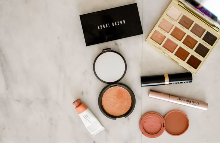 common-mistakes-people-make-when-buying-makeup