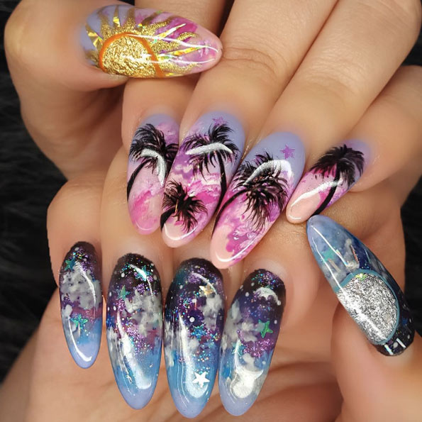 palm-tree-acrylic-nails