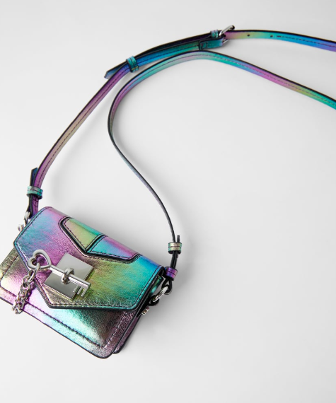 iridescent-hand-bag-street-style