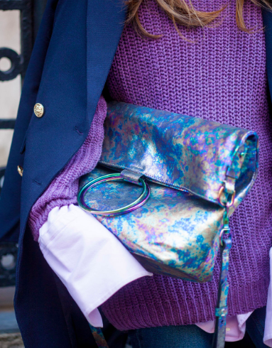iridescent-handbag-street-style-2020
