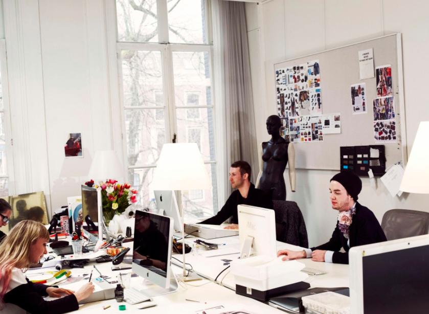 viktor-and-rolf-head-office