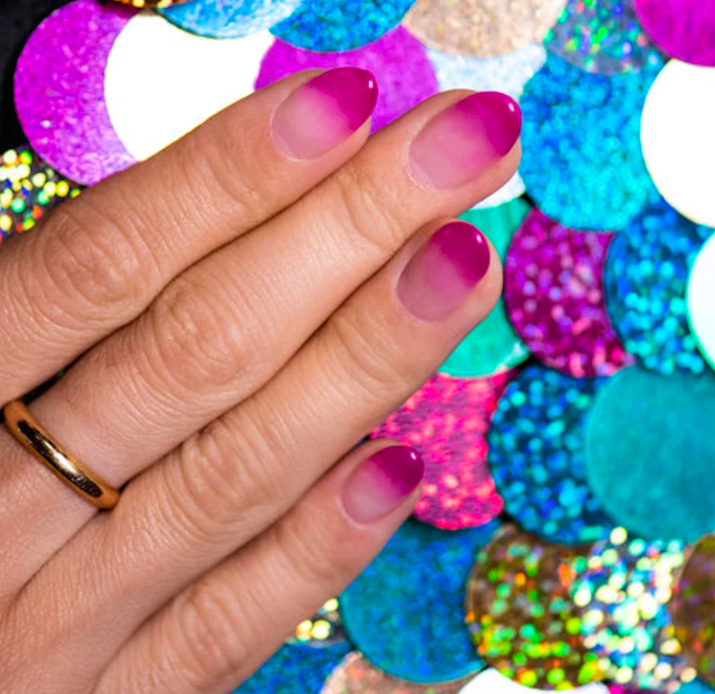 pink-ombre-nail-trends-2020